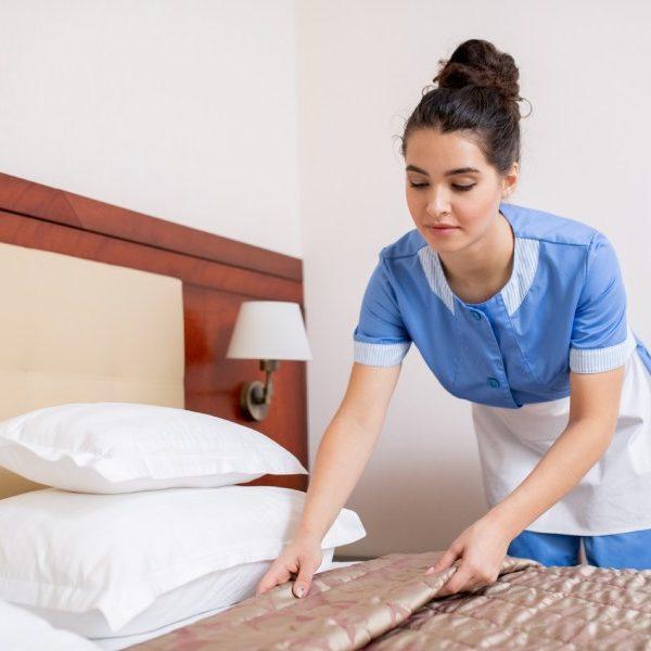 Veja como escolher uniformes para o mercado de hotelaria